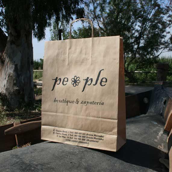 bolsa de papel + asa rizada mediana